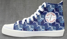 Des baskets Doctor Who chez Tee Fury