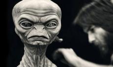 Rick Baker présente les ancêtres de E.T.
