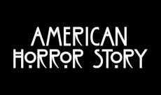 Une nouvelle décennie dans la saison 4 d'American Horror Story