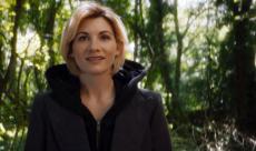 Doctor Who : Jodie Whittaker réagit aux premiers cosplayers de Thirteen en vidéo
