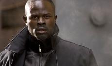 Djimon Hounsou remplacerait Idris Elba dans King Arthur