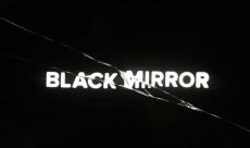 Les producteurs de Black Mirror ont décliné plusieurs fois de porter la série au cinéma