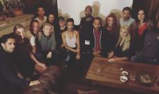 L'équipe de Star Trek : Discovery met un genou à terre en soutien aux victimes de violences policières