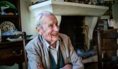 Christopher J.R. Tolkien, immense contributeur à l'oeuvre de son père J.R.R. Tolkien, s'est éteint à l'âge de 95 ans