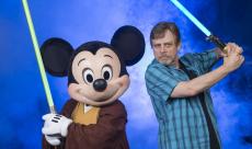 Mark Hamill interprète Luke Skywalker avec la voix du Joker