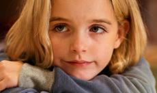 La jeune McKenna Grace (Captain Marvel) sera l'héroïne du troisième film Annabelle