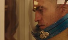 Robert Pattinson se montre en astronaute dans une première image de High Life