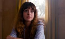 Anne Hathaway contrôle un Kaiju dans le trailer de Colossal