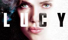 Luc Besson nie travailler sur Lucy 2 et appelle la presse à faire preuve de retenue