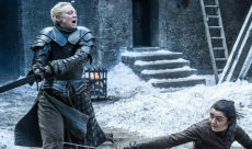 Game of Thrones : Maisie Williams fait montre de ses talents martiaux