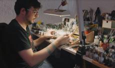 VICE dévoile une vidéo sur les peintres de figurines professionnels
