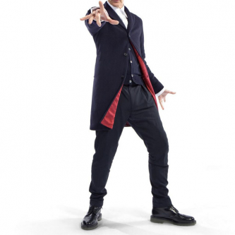 Une premiere image du nouveau Docteur en costume