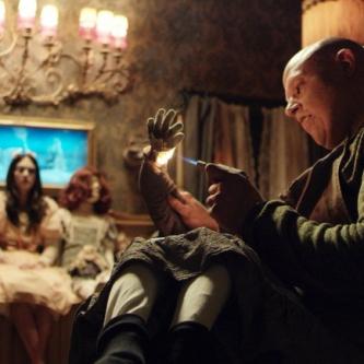 Pascal Laugier (Martyrs) dévoile le pitch de son nouveau film, avec Mylène Farmer