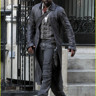 Idris Elba sort les colts sur le tournage de La Tour Sombre
